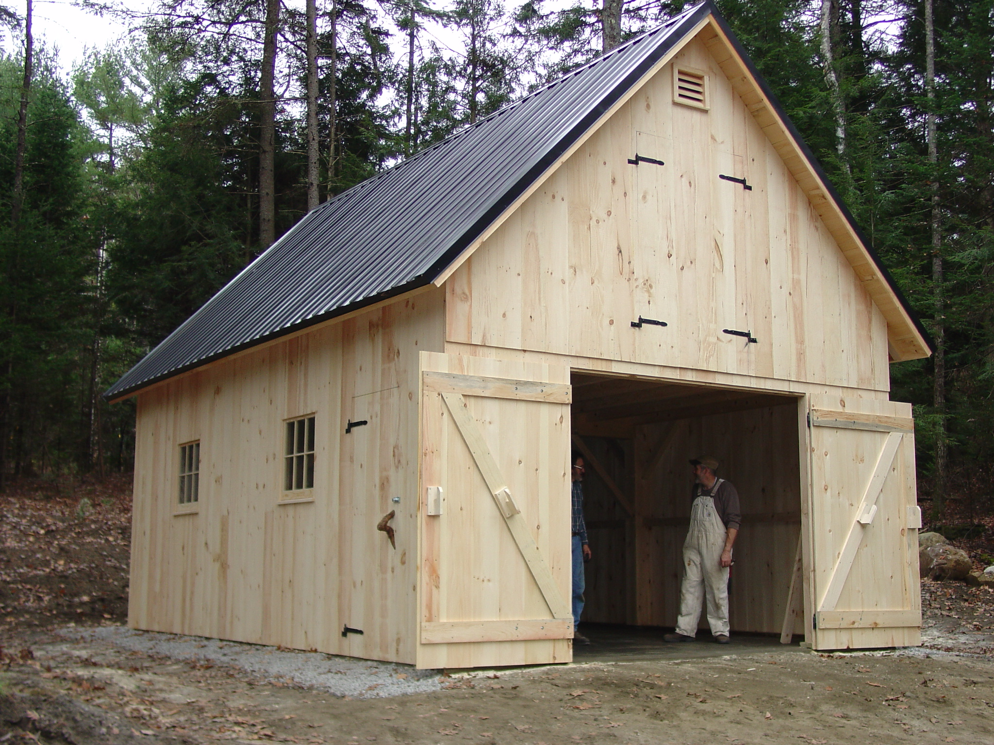 Custom barns sheds photo gallery groton timberworks for Barns and garages